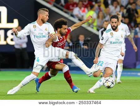 Kyiv, Ukraine - May 26, 2018: Sergio Ramos Of Real Madrid (l) Fights For A Ball With Mohamed Salah O