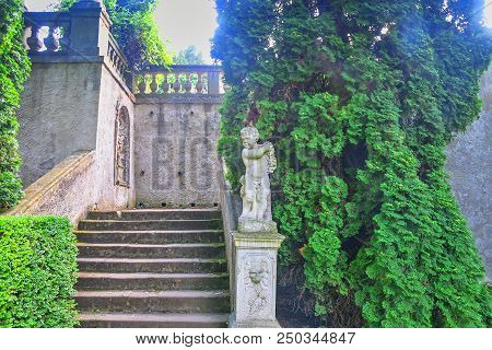 Buchlovice, Czech Republic - July 12, 2018: Chateau Buchlovice. Seclusion With Balustrade In Site Of