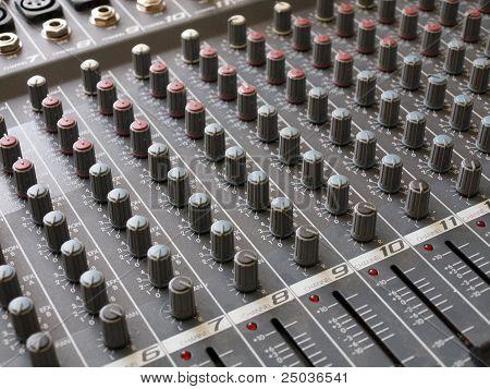 Audiomixer - Audio Editing Gadget
