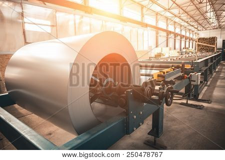 Industrial Galvanized Steel Roll Coil For Metal Sheet Forming Machine In Metalwork Factory Workshop,