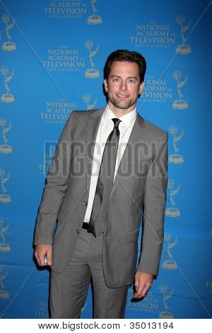 LOS ANGELES - JUN 17:  Michael Muhney arriving at the 38th Annual Daytime Creative Arts & Entertainment Emmy Awards at Westin Bonaventure Hotel on June 17, 2011 in Los Angeles, CA