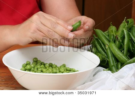 Shelling Pea pods