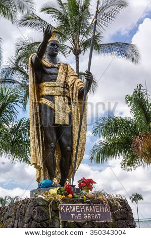 Hilo, Hawaii, Usa. - January 9, 2012: Closeup Of Statue Of King Kamehameha, Decorated With Golden At