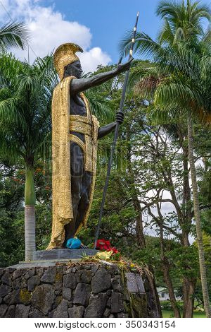 Hilo, Hawaii, Usa. - January 9, 2012: Side View On Statue Of King Kamehameha, Decorated With Golden