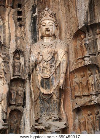 Longmen Grotto Bodhisattva