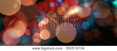Abstract de-focus soft blinking circle horizontal background.