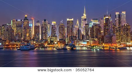 View on night Manhattan, New York