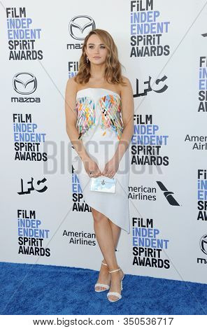 Hunter King at the 35th Annual Film Independent Spirit Awards held at the Santa Monica Beach in Santa Monica, USA on February 8, 2020.