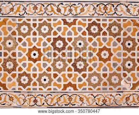 Detail of marble surface with stone inlay at Itimad-Ud-Daulah tomb in Agra, India