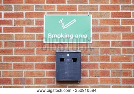 Smoking Designated Area And Wall Ash Tray Metal Box For Cigarette And Vaping Vapour Area