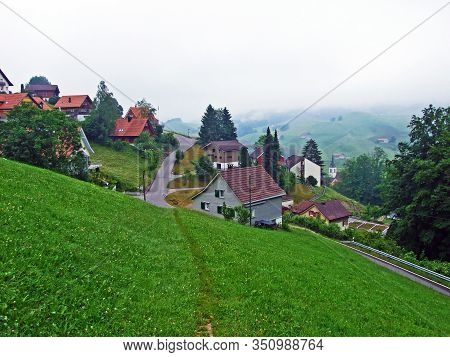The Village Of Urnäsch (urnaesch Or Urnasch) In The Valley Of The River Of The Same Name - Canton Of