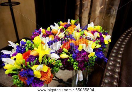 Beautiful Bride & Bridesmaid Flowers