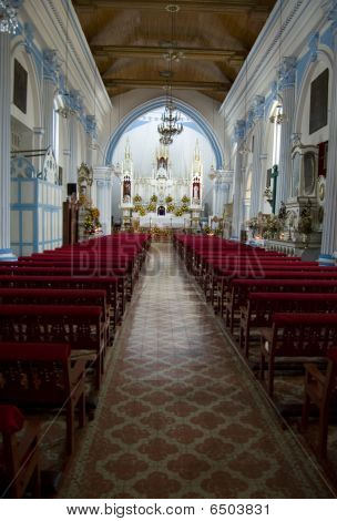 Temple Santa Lucia Interior