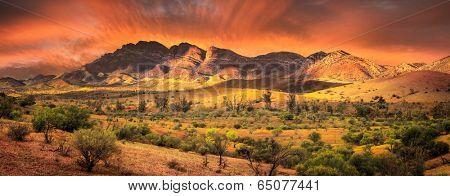 Sunrise in the Flinders Ranges