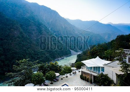 Home In The Himalya Mountains