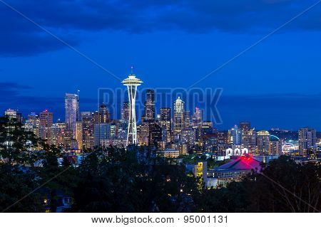 Seattle Skyline Panorama At Sunset As Seen From Kerry Park