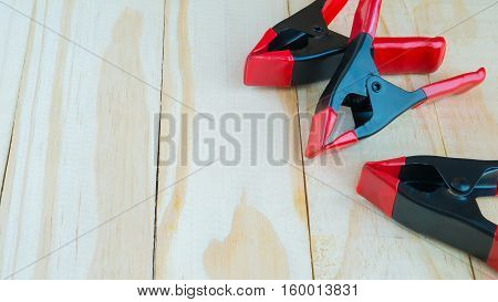 Still clamps used for clamping on wooden