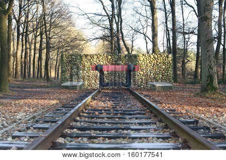 eindpunt van de spoorlijn concentratiekamp in westerbork