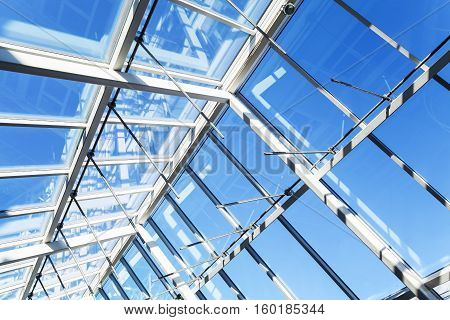 Glass Roof With Lockable Windows