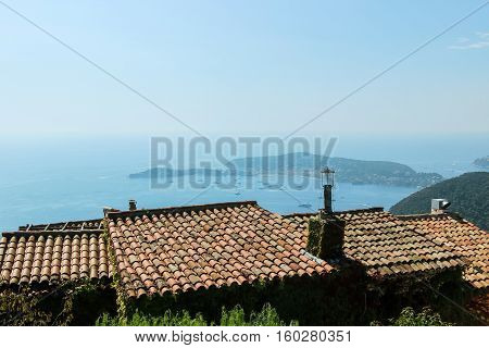 roof top of buildings in eze village
