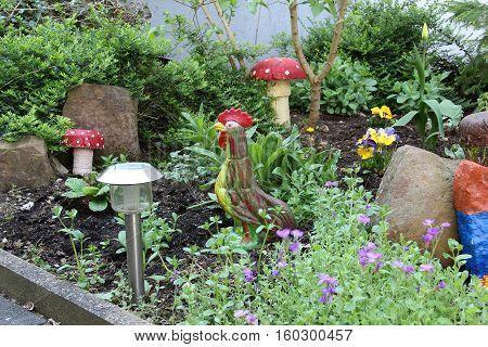 Cockerel / Decorations for the garden .