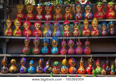 Decorative calabash figure / Calabash figures are a traditional art of Turkish culture.It is widely seen in travel locations. There is an evil eye painted on models.