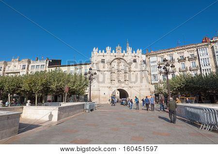 BURGOS SPAIN - OCTOBER 4: Tourist visiting Arch of Santa Maria on October 42016 in Burgos Spain.