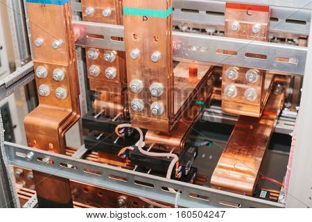 Copper busbar. Uninterrupted power. Electrical power. Assembly of low-voltage compartment