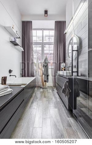 Bathroom With Wood Effect Tiles