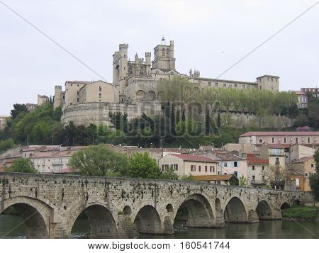 The Saint Nazaire Cathedral overlooking the River Ob at Beziers in Southern France