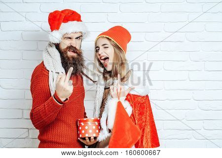 Christmas Couple Show Middle Finger