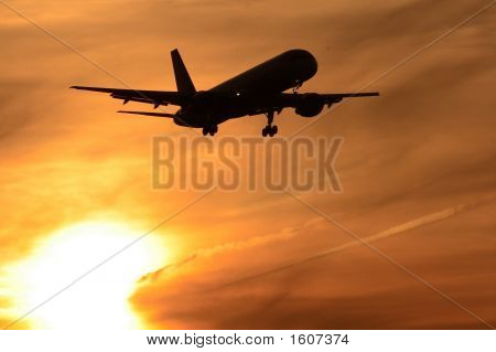 Boeing 757 Sunset
