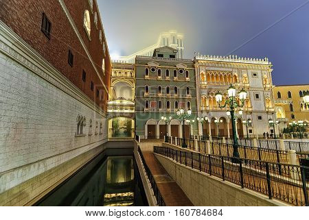 Venetian Macao Casino And Hotel Luxury Resort Macau Gold Light