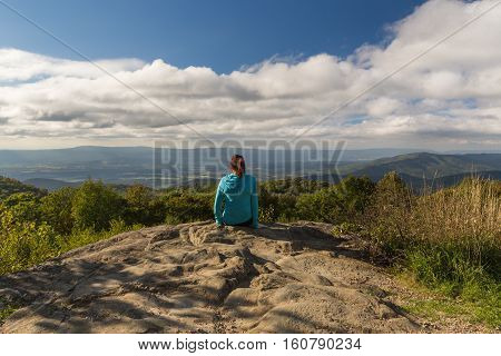 Woman looking out from the Shenandoah National Park
