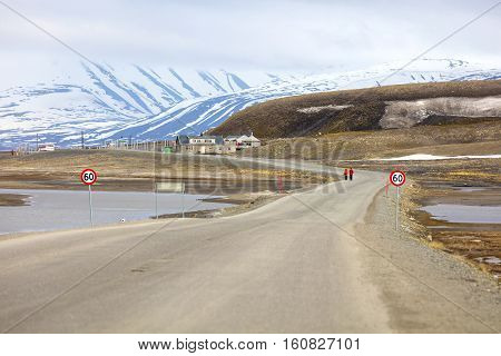 Road to advent walley in Longyearbyen at Svalbard. Summer in the arctic environment of Longyearcity