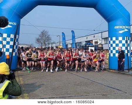 Paddock Wood Half Marathon 2011 start