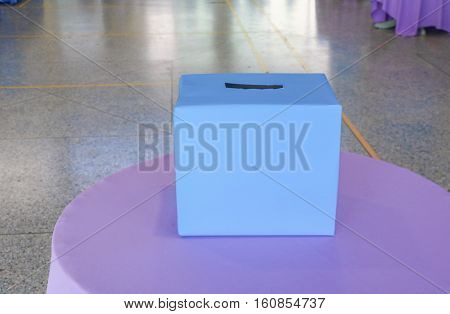 booth polling of Voters and voting .
