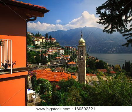 Lake Como is a lake is a very popular lake in Italy.