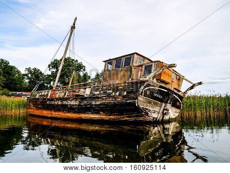 An Abandoned Old Boat
