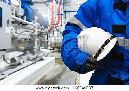 Engineer control compressor system for cold room in the plant