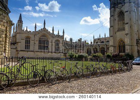 Oxford, United Kingdom- June 08, 2015: Tourists Near Bodleian Libraries Is The Largest University Li
