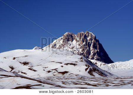Campo Imperatore Mountains