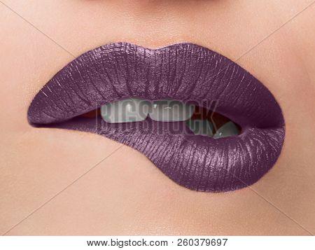 Close-up Beauty Portrait Model Big Sexy Lips, Mouth Open, White Teeth Bit Her Lower Lip, Seductive L