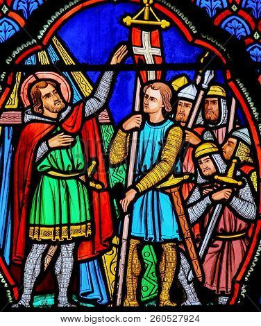 Stained Glass Window In Tours - Crusaders