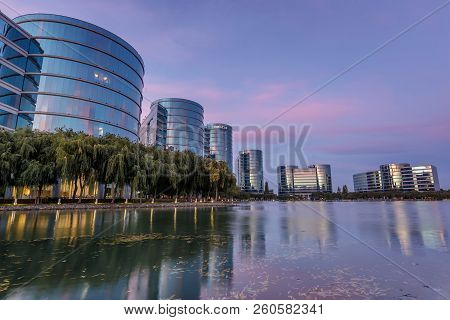 Redwood Shores, California - September 27, 2018: Oracle Headquarters And Lake With Twilight Skies. O
