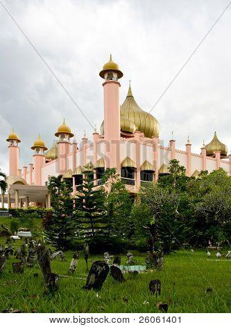 mosk in kuching bornio