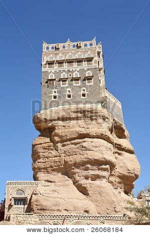 Old Yemeni building  - Imam palace in Wadi Dhar