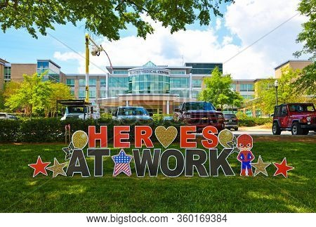 Carrollton, Ga / Usa - April 6, 2020: Heroes At Work Sign In Front Of Tanner Medical Center Honoring