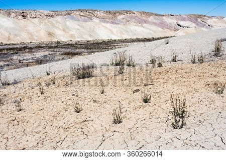 Badlands Along State Route 24 Near Caineville - Utah, Usa