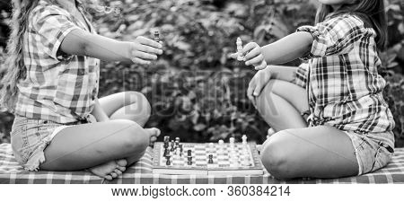 Kings Of Chess. Skilled Kids. Turn On Your Brain. Make Brain Work. Early Childhood Development. Wort